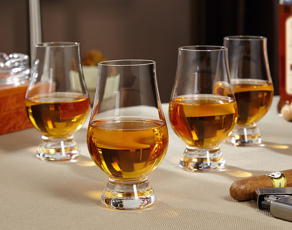 Virtual Whiskey Tasting - Virtual Christmas Party - Team Bonding Whiskey Tasting